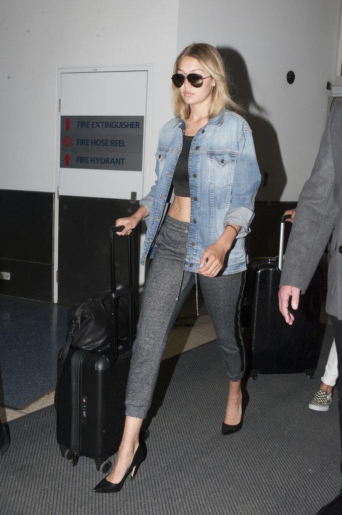 Gigi-Hadid-Sexy-Sweatpants-Airport-Style